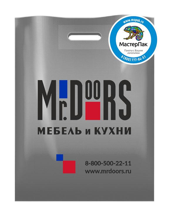 ПВД пакет, 30*40, толщина 70 мкм, с вырубной ручкой и логотипом Mr. Doors