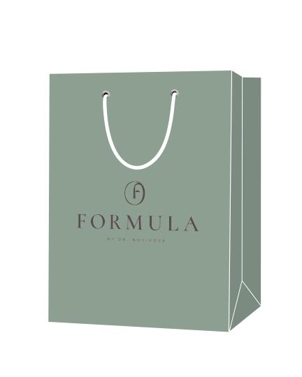 """Пакет подарочный, бумажный, 21*23, 200 гр.,с люверсами, ручка шнур, с логотипом """"FORMULA"""", Москва"""